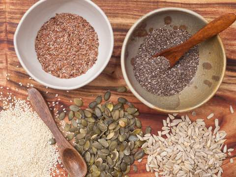 6 Seeds to Plant in your Diet this Year